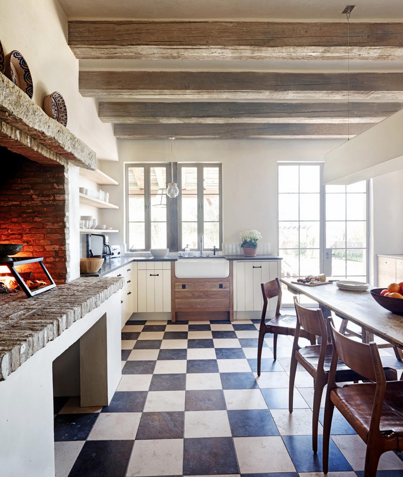 Кухонный камин